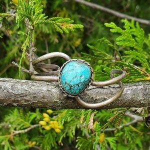 Vintage sterling turquoise cuff bracelet